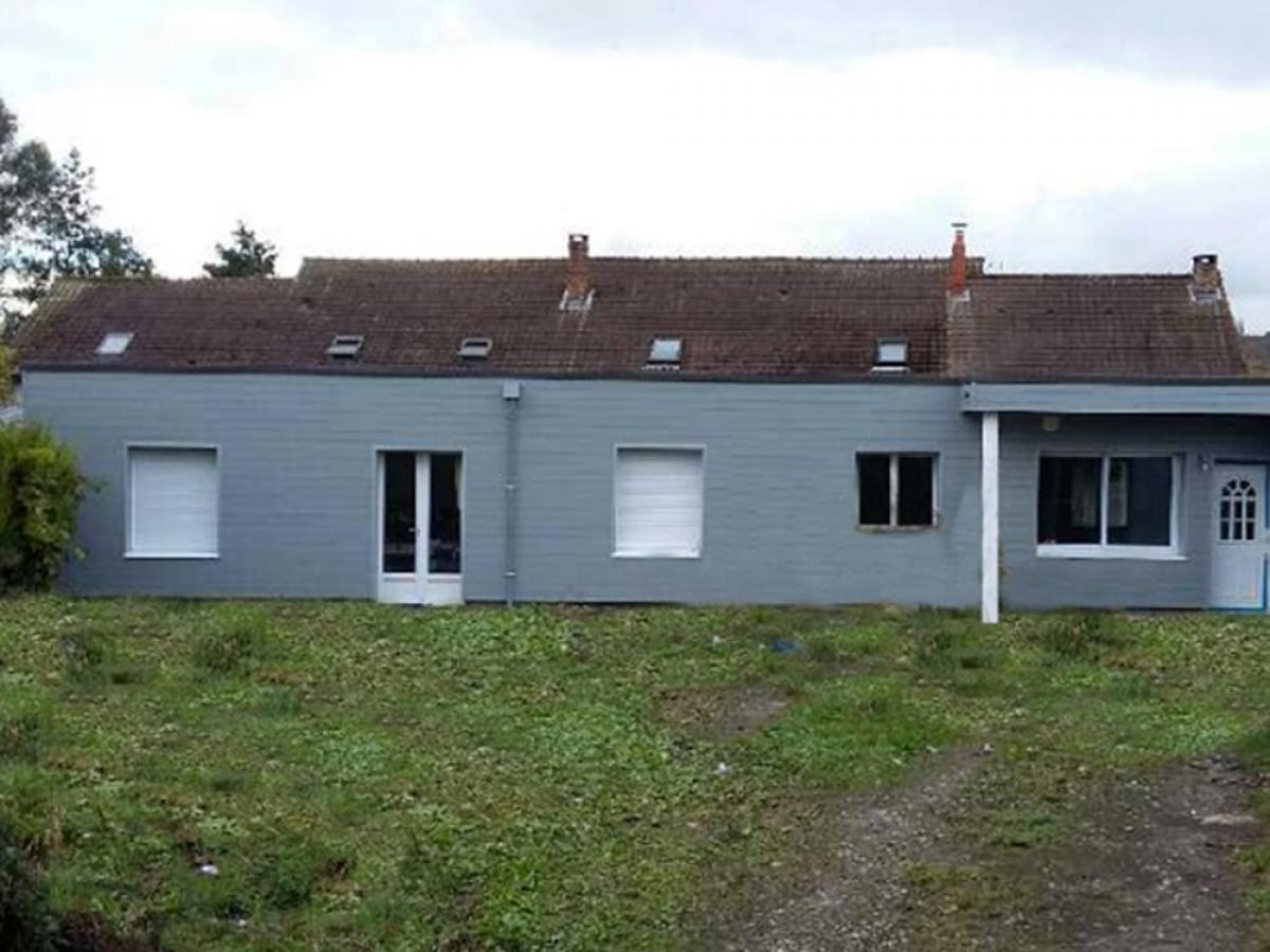 Rénovation d'une maison en partie détruite par un incendie